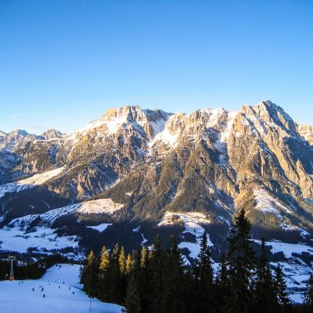 Berge im Sonnenlicht