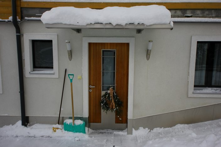 Appartement Eingang im Winter